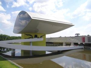 museu_oscar_niemeyer_2_curitiba_brasil